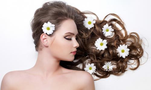 Đừng lầm tưởng vitamin tốt cho tóc