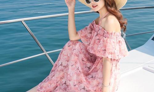 Váy maxi nổi bật trong mùa thu