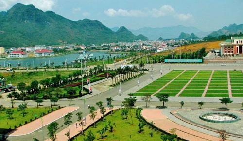 15 người thương vong vụ TNGT thảm khốc ở Lai Châu, ngành y tế khẩn trương cứu người
