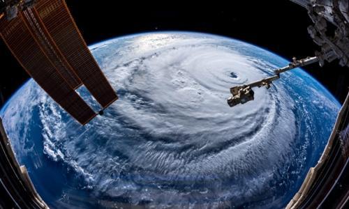 Người dân Hồng Kông chuẩn bị đón siêu bão Mangkhut