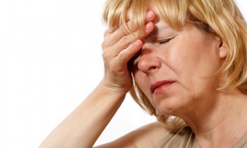 3 điều giúp phụ nữ mãn kinh ngừa loãng xương