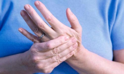 Tác động của thuốc với bệnh viêm khớp dạng thấp thế nào?