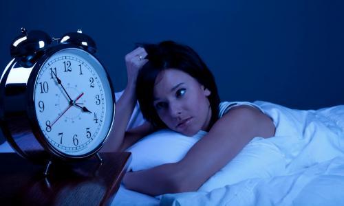 Làm gì khi đau đầu, mất ngủ?