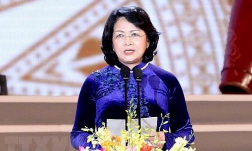 Bà Đặng Thị Ngọc Thịnh giữ chức quyền Chủ tịch nước CHXHCN Việt Nam