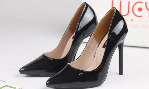 Giày cao gót đẹp và hại