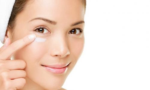 Mẹo đơn giản giúp giảm quầng thâm mắt