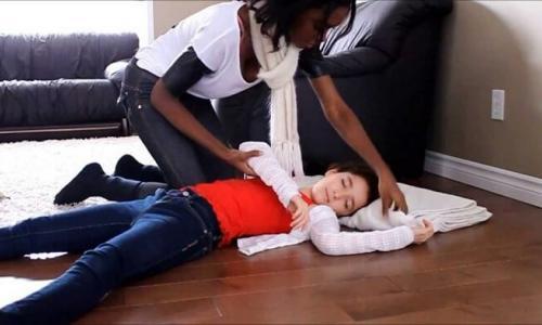 Phẫu thuật miễn phí cứu 2 trẻ mắc động kinh kháng thuốc