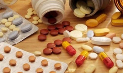 Nguy cơ khi dùng nhiều thuốc cùng lúc