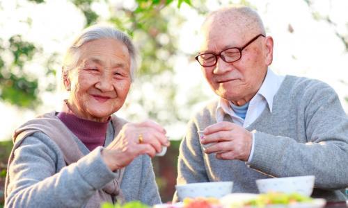 'Choáng' với kỷ lục của người trên 100 tuổi