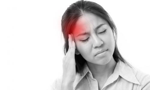 Cách phòng tránh cơn đau đầu khi tập luyện