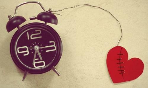 """5 lý do nên """"yêu"""" trong kỳ """"đèn đỏ"""""""