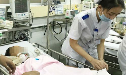 Đã tìm ra nguyên nhân khiến hơn 150 học sinh ngộ độc phải nhập viện