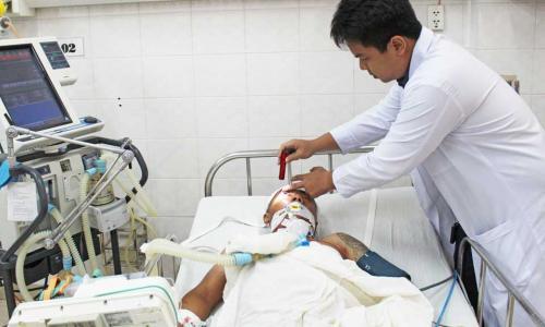 Sở Y tế HCM: Khen thưởng kíp báo động đỏ liên viện cứu sống 2 bệnh nhân nguy kịch