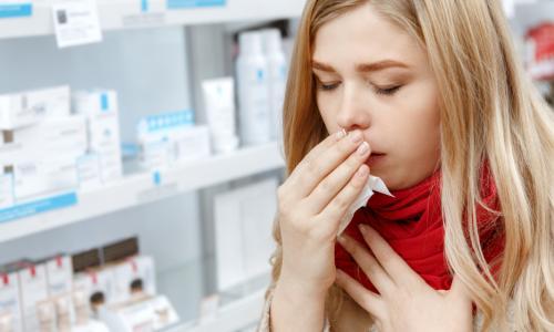 Nguy hại do lạm dụng thuốc ngậm trị ho, viêm họng