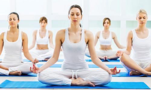 Yoga dưỡng sinh bài tập chào mặt trời