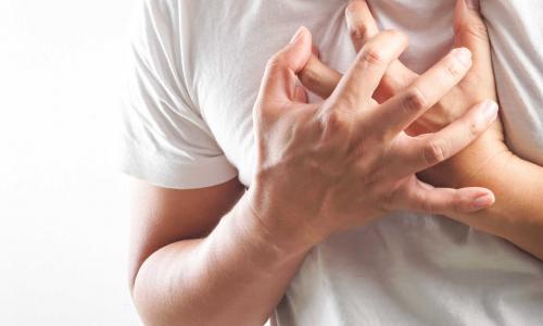 """Chuyên gia tim mạch chỉ ra 6 nguyên nhân khiến bạn bị """"kẻ giết người thầm lặng"""" tấn công"""
