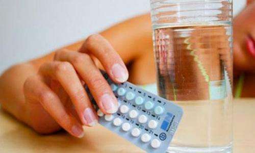 Buồn nôn khi dùng thuốc tránh thai hàng ngày