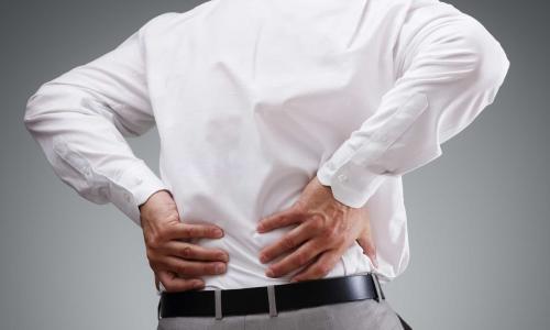 Phương pháp mới cứu bệnh nhân biến dạng cột sống thắt lưng thoát gù