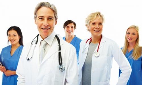 Sẽ hoàn thiện thể chế đào tạo nhân lực y tế theo hướng hội nhập quốc tế