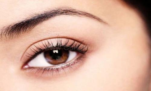 Dưỡng chất cần thiết cho mắt khỏe mạnh