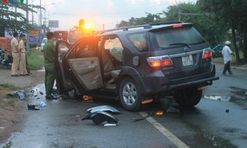 Bó thuốc nam sau tai nạn giao thông, bé gái hoảng hồn khi gối không gấp duỗi được