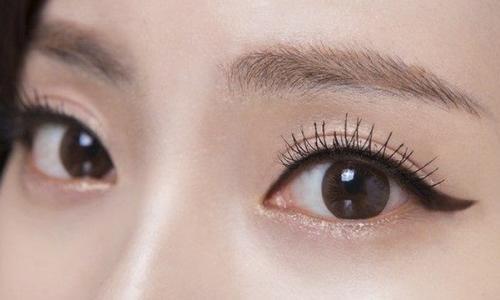 5 điều nên biết trước khi đi phẫu thuật cắt mí mắt